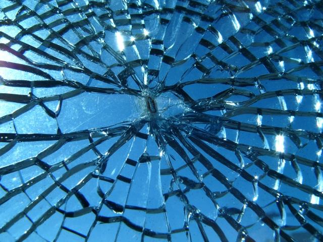 Broken_glass[1]